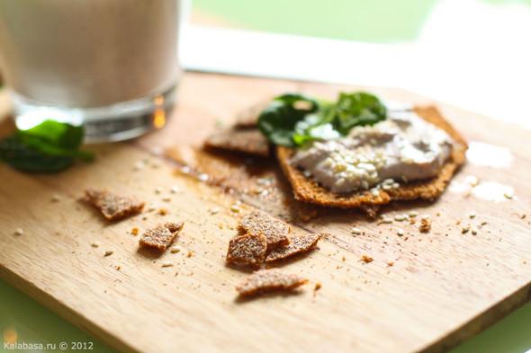 Постная намазка из тофу и грецких орехов. Изображение № 6.