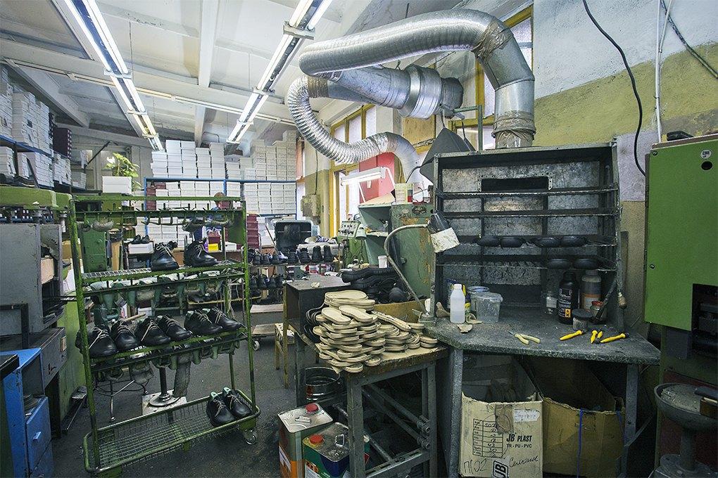 KupiRazmer: Как фабрика обуви нестандартных размеров выходит в онлайн. Изображение № 4.