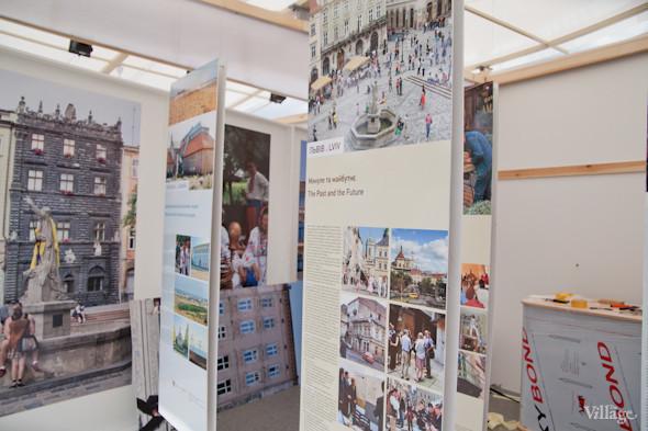 Под аркой Дружбы Народов открывают «Европейский городок». Зображення № 16.
