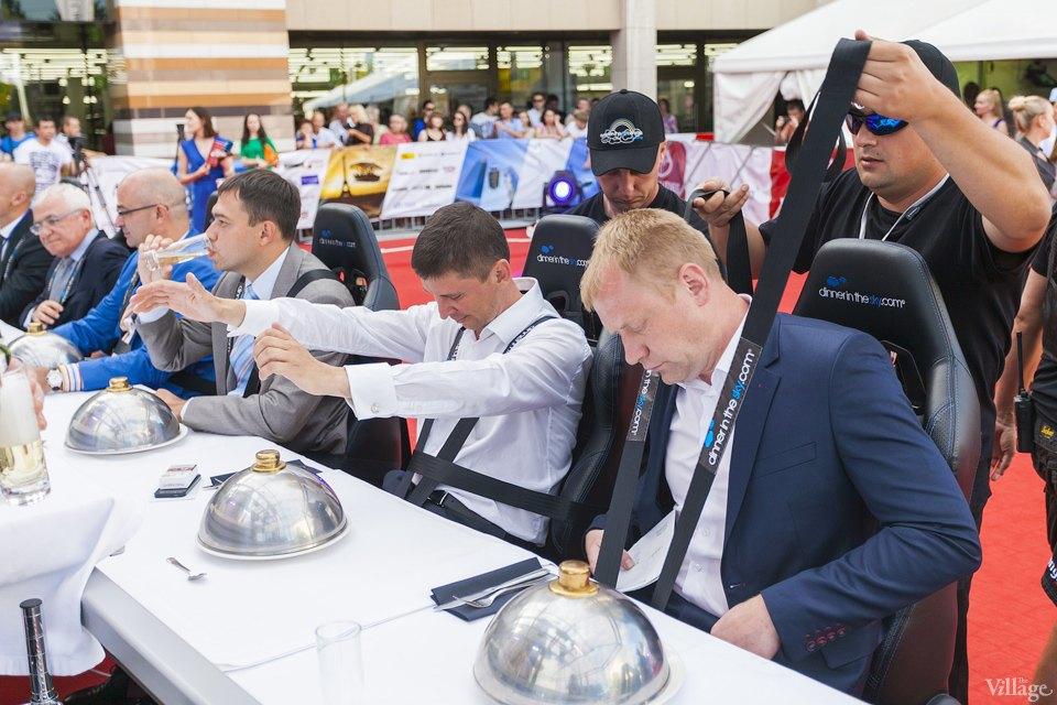 Фоторепортаж: Dinner in the Sky в Киеве. Зображення № 4.