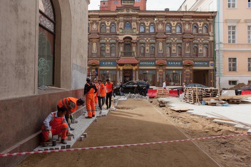 Её раскопали: Пешеходные улицы Москвы за месяц до открытия. Изображение № 12.