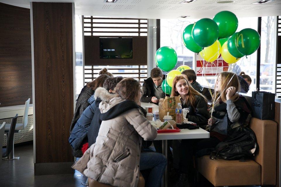 Вновь открывшийся «Макдоналдс» на «Пушкинской». Изображение № 12.