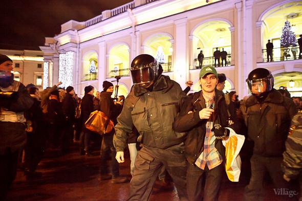 Хроника выборов: Нарушения, цифры и два стихийных митинга в Петербурге. Изображение № 40.