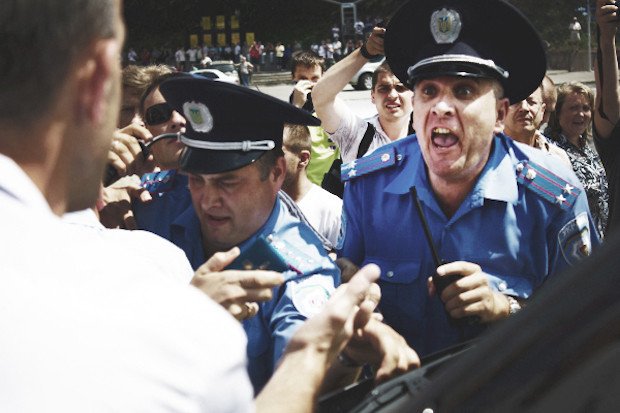 Copwatch: Действия милиции возле «Украинского дома». Зображення № 41.