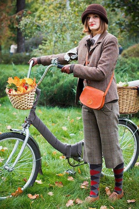 С твидом на город: Участники велопробега Tweed Ride о ретро-вещах. Изображение № 62.