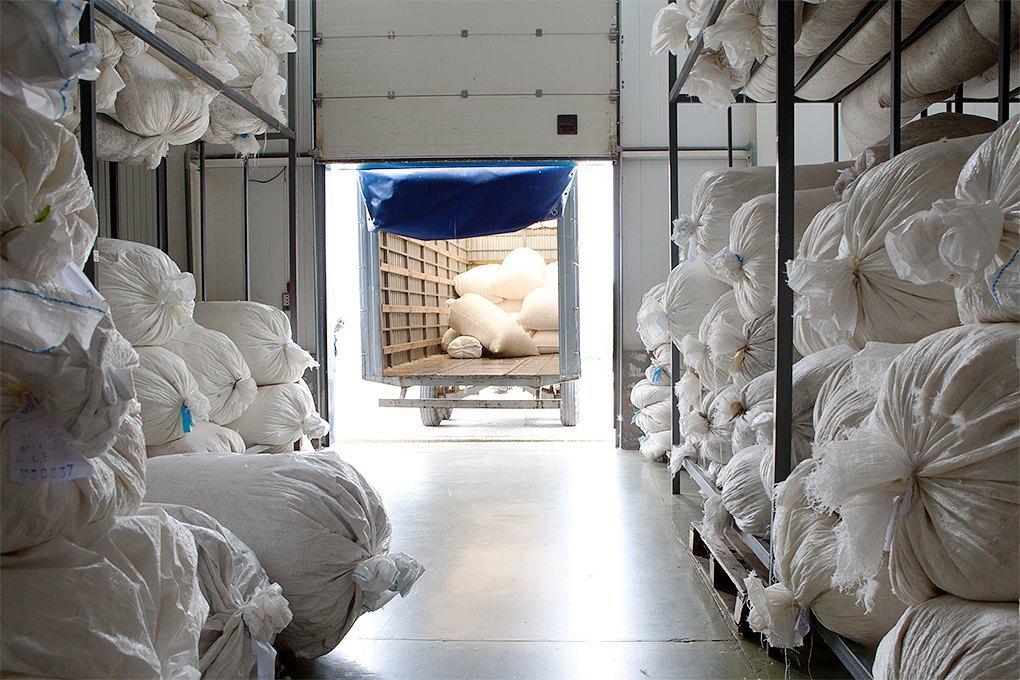 Производственный процесс: Как делают подушки. Изображение № 2.