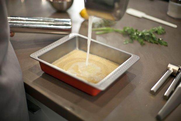 Шеф дома: Ягненок, хумус иоблепиховый десерт шефа «Стрелки». Изображение № 23.