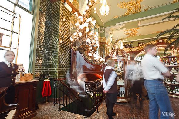 Фоторепортаж: Открытие отреставрированного «Елисеевского магазина». Изображение № 31.