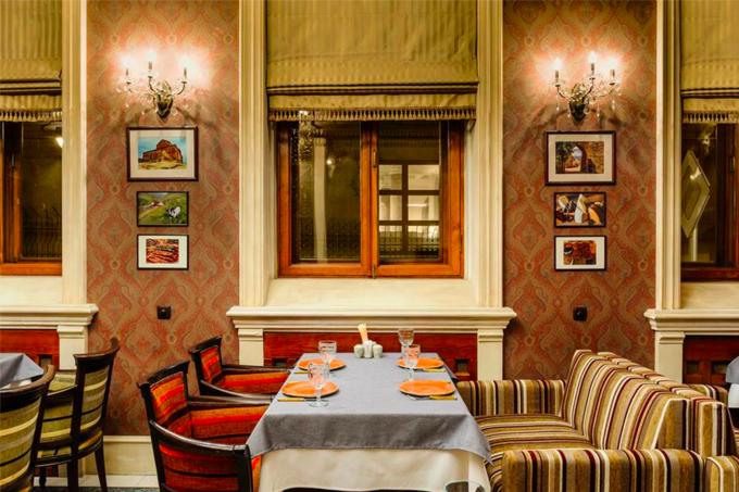Владелец IL Патио и «Планета суши» открыл кафе грузинской кухни «Кинза». Изображение № 2.