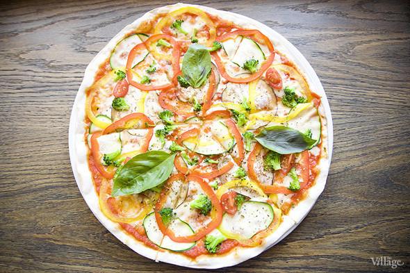 Пицца вегетарианская — 390 рублей . Изображение № 38.