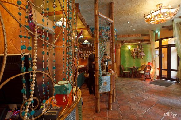 Новое место (Петербург): Вегетарианская кофейня «Фрида». Изображение № 10.