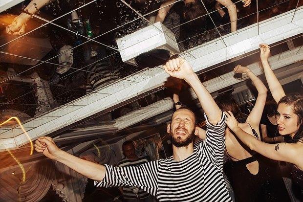 24 новогодние вечеринки в барах Петербурга. Изображение № 6.
