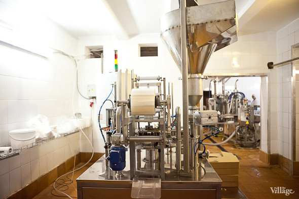 Репортаж: Как делают молочные продукты в «Лосево». Изображение № 36.