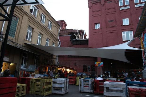 На «Красном Октябре» открылось летнее кафе Thor. Изображение № 3.