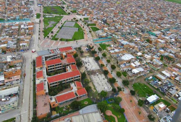 В Боготе деньги, сэкономленные на строительстве дорог, вложили в школы и библиотеки.. Изображение № 41.