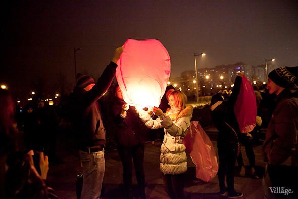 Фоторепортаж: Флешмоб с китайскими фонариками. Изображение № 20.