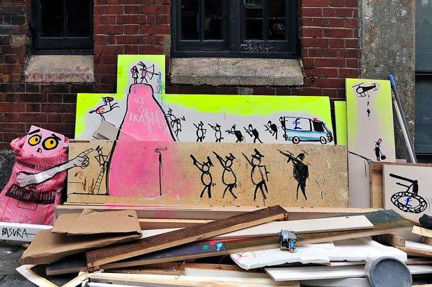 Граффити, изменившие улицы Колумбии, Франции, Турции иВенгрии. Изображение № 13.