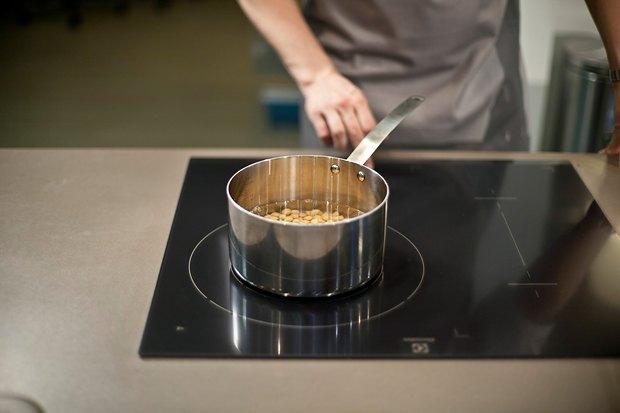 Шеф дома: Ягненок, хумус иоблепиховый десерт шефа «Стрелки». Изображение № 7.