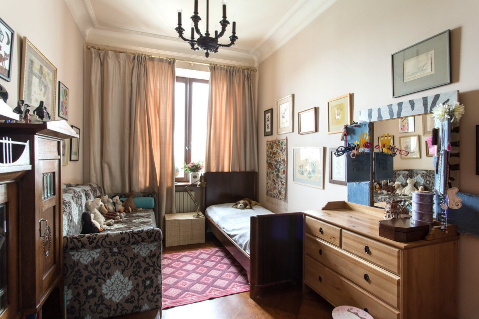 Трёхкомнатная квартира  сантиквариатом наЧистых прудах. Изображение № 16.