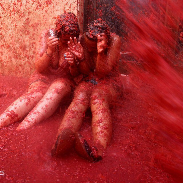 Битва помидорами вИспании вснимках Instagram. Изображение № 12.