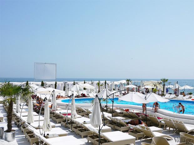 На песке: 5 пляжных клубов Одессы. Зображення № 17.