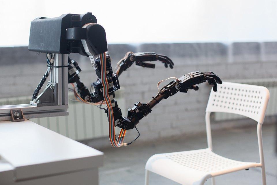 Как выглядит «Бал роботов» наArtplay. Изображение № 2.