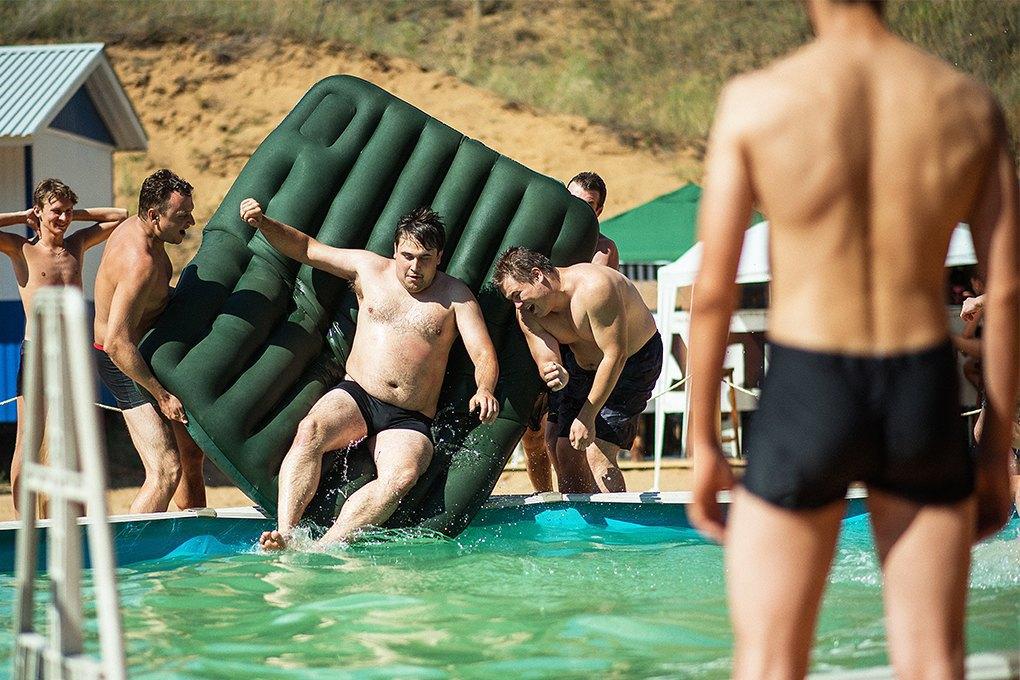 О чём говорят стартаперы: Диалогироссийских программистов на пляже. Изображение № 7.