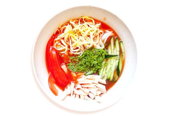 Сезонное меню: Холодные супы в ресторанах Петербурга. Изображение № 28.