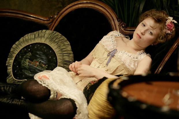 «Дом терпимости», французская костюмная эротическая драма про работниц публичного дома в начале прошлого столетия. Изображение № 6.