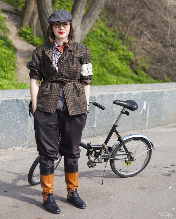 С твидом на город: Участники первого «Ретрокруиза»— о своей одежде и велосипедах. Изображение №37.