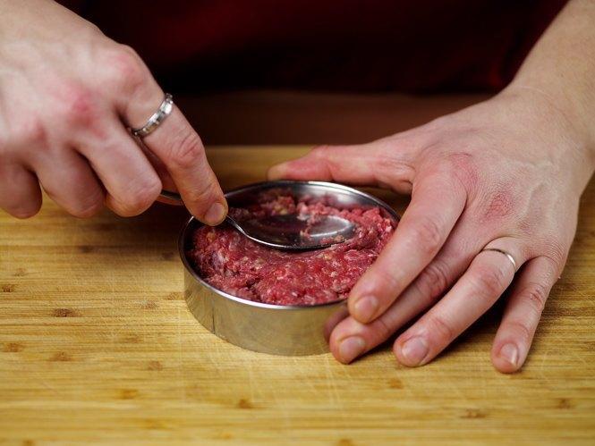 Как приготовить настоящий «Биг Мак» на домашней кухне. Изображение № 24.