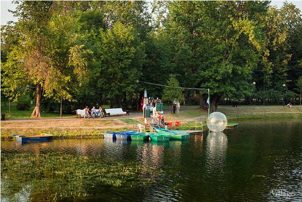 Водные процедуры: 5 лодочных прокатов Москвы. Изображение № 1.