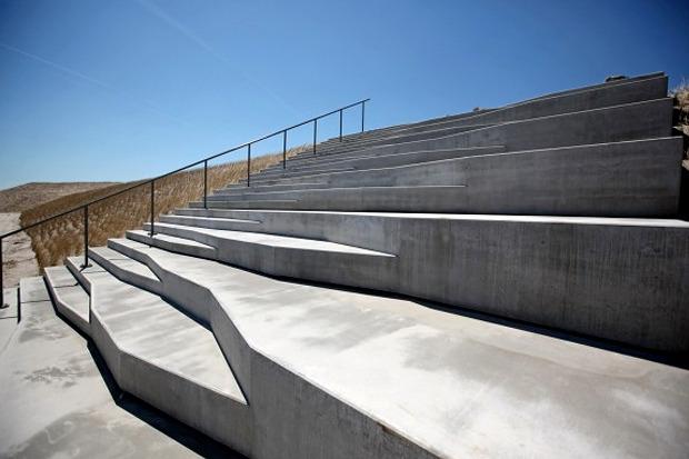 Универсальная лестница, которую можно использовать в качестве амфитеатра. Проект Яна Кенингса. Изображение №4.