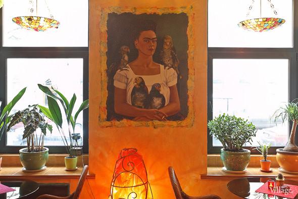 Новое место (Петербург): Вегетарианская кофейня «Фрида». Изображение № 9.