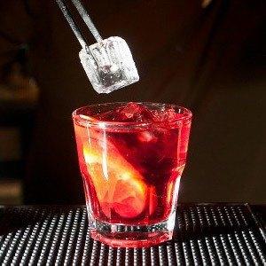 30 алкогольных коктейлей навсе случаи жизни. Изображение № 3.