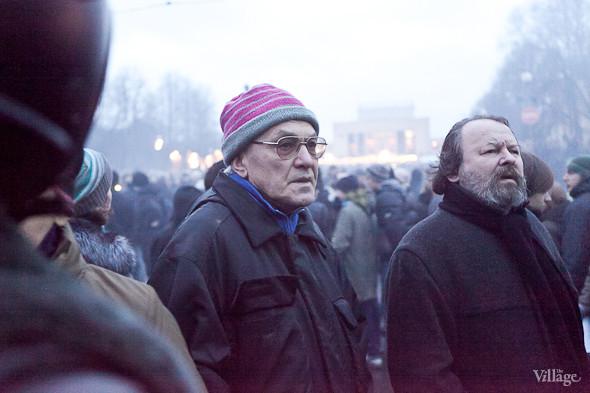 Фоторепортаж: Митинг против фальсификации выборов в Петербурге. Изображение № 33.