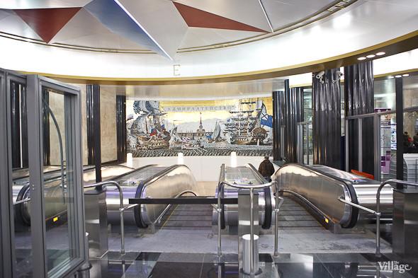 На новой станции метро «Адмиралтейская» уже произошло несколько аварийных остановок эскалатора. Изображение № 10.