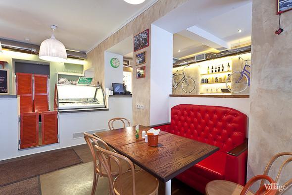 Новое место (Петербург): Caffe Centrale. Изображение №1.