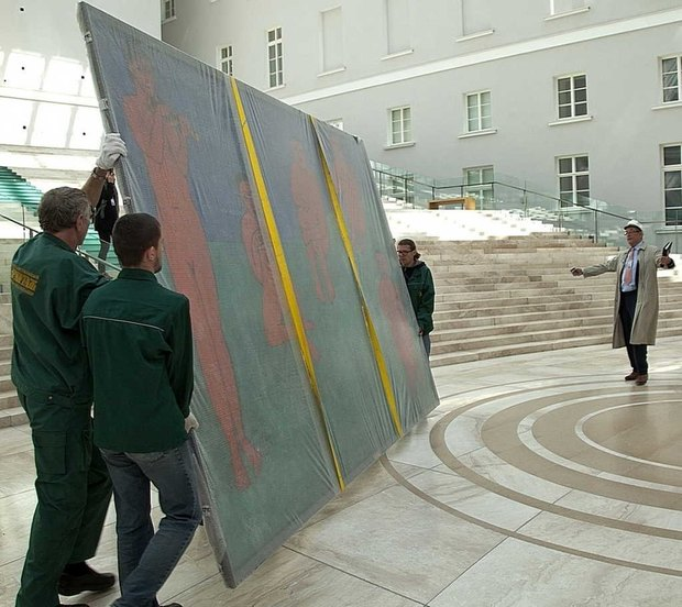 Картины Матисса перевезли из Эрмитажа в Главный штаб. Изображение № 2.