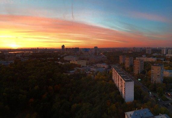 Осенний закат вМоскве. Изображение № 14.