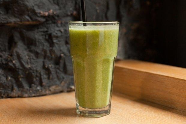 Ягодный, фруктово-овощной, ореховый исзеленью испециями — 5 смузи изFresh. Изображение № 2.