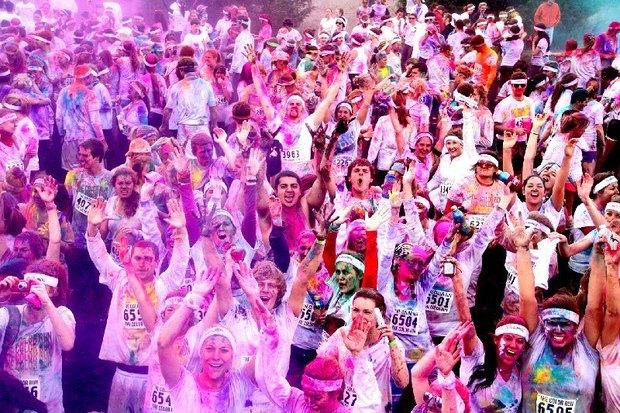11 мая в Петербурге пройдёт первый забег в красках Холи. Изображение № 2.