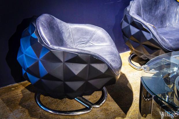 Кресло Mines Chair, Michael Yeung — 146030 рублей. Изображение № 8.