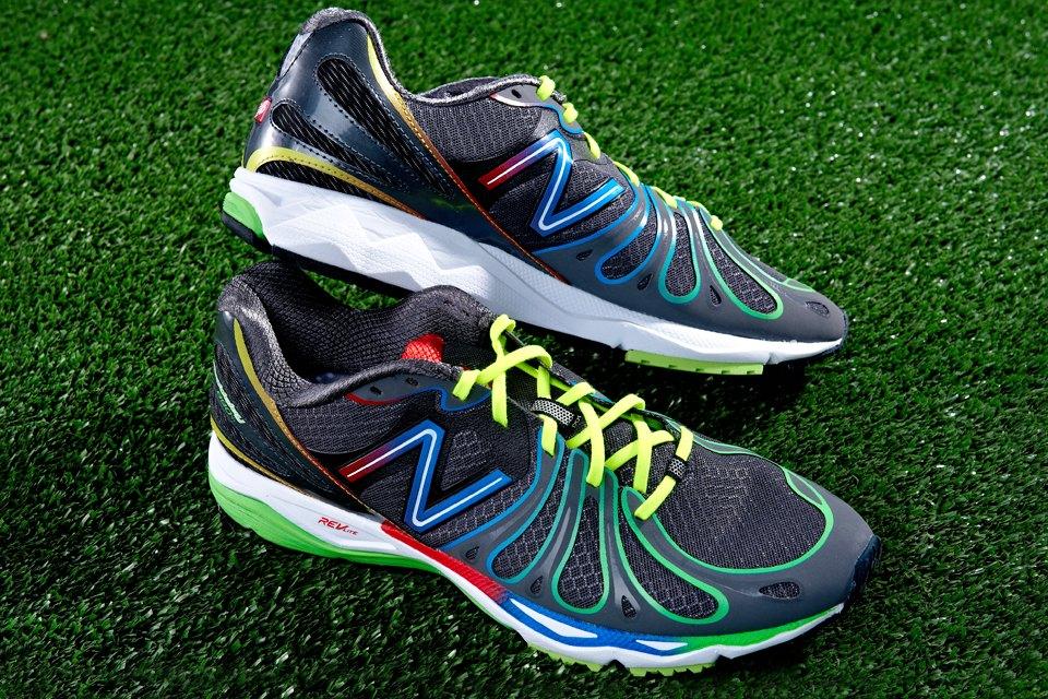 Вещи недели: 9 пар беговых кроссовок. Изображение №1.