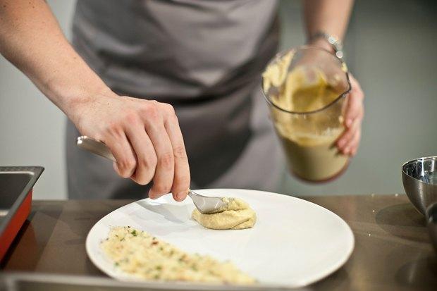 Шеф дома: Ягненок, хумус иоблепиховый десерт шефа «Стрелки». Изображение № 67.