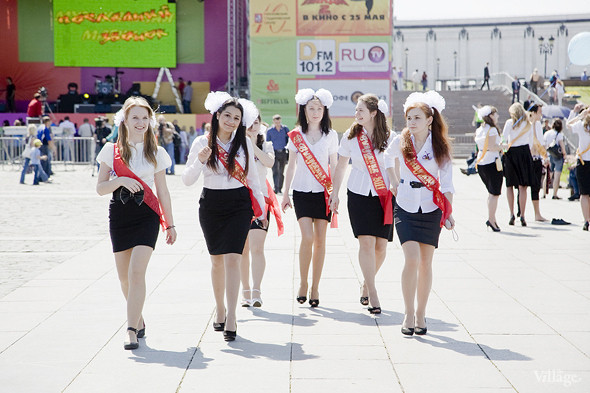Изображение 26. Фоторепортаж: Последний звонок в Москве.. Изображение № 14.