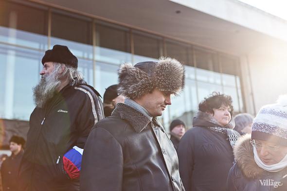 Фоторепортаж: Митинг в поддержку Путина в Петербурге. Изображение № 45.