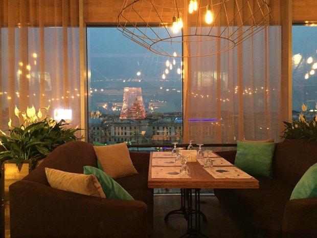 На последнем этаже ТЦ«Пик» открылся ресторан «Барашки» . Изображение № 1.