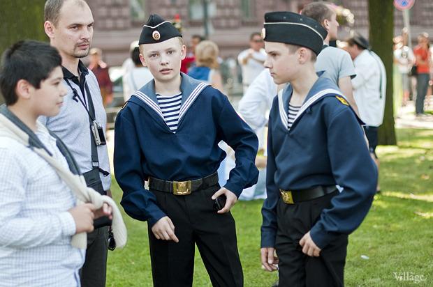 Фоторепортаж: День Военно-морского флота в Петербурге. Изображение № 26.