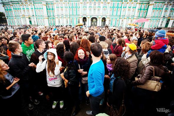 В Петербурге на Дворцовой площади танцевал Мэтт Хардинг. Изображение № 7.